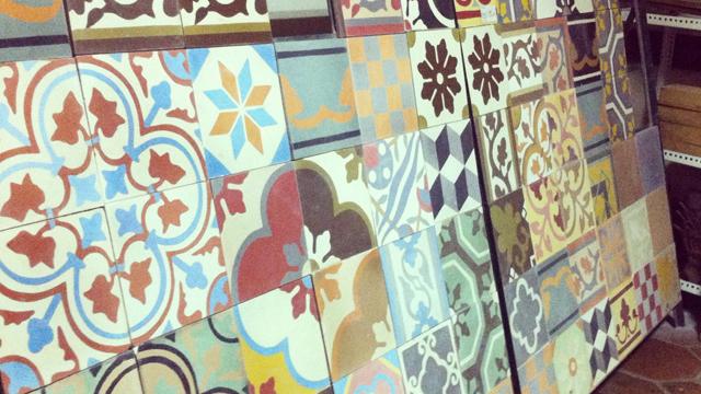 7-Jenis-Ubin-Lantai-Terbaik-Untuk-Rumah-tegel