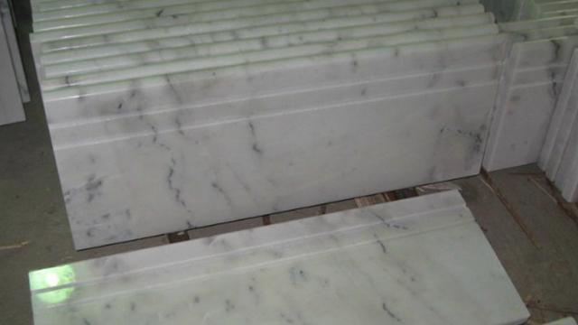 7-Jenis-Ubin-Lantai-Terbaik-Untuk-Rumah-marmer
