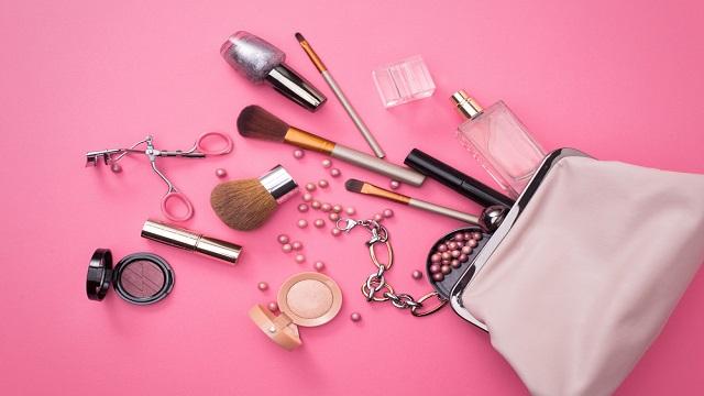 5 Kosmetik Lokal Favorit Para Wanita Sepanjang Tahun