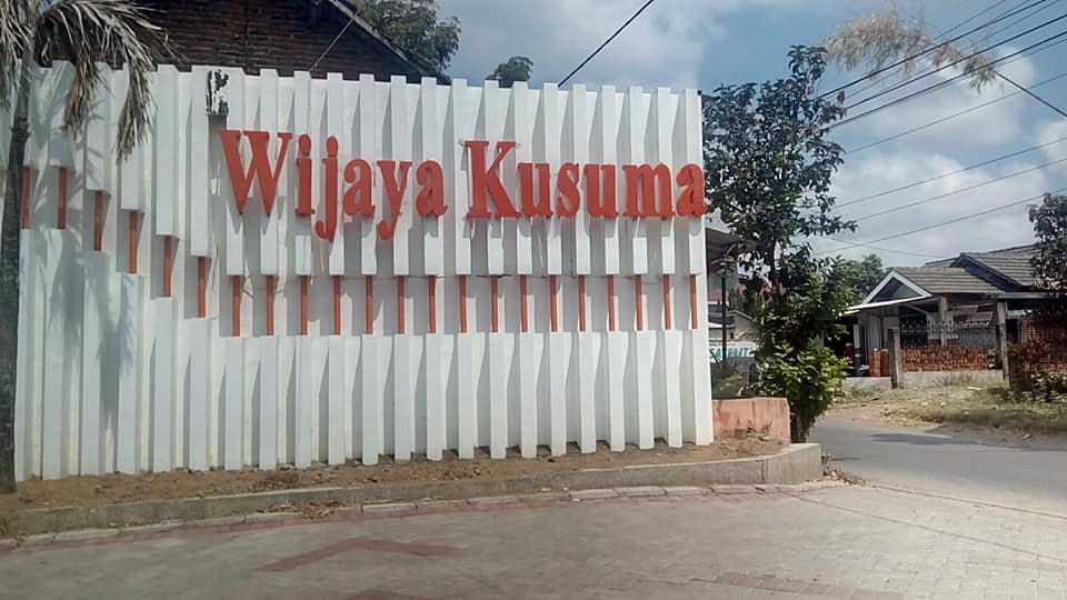 Pemasangan Travo PLN Wijaya Kusuma Kepuharjo Malang