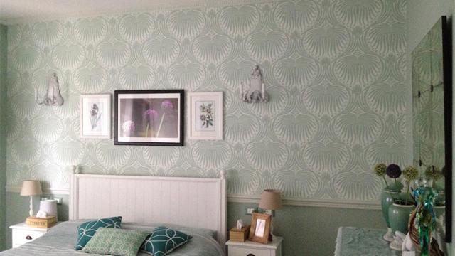 6-Pilihan-Warna-Cat-Dinding-Netral-Terbaik-Untuk-Semua-Ruangan-biru