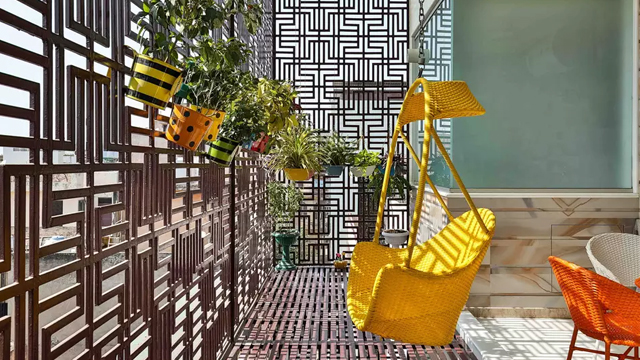7-Ide-Dekorasi-Balkon-Paling-Romantis-2