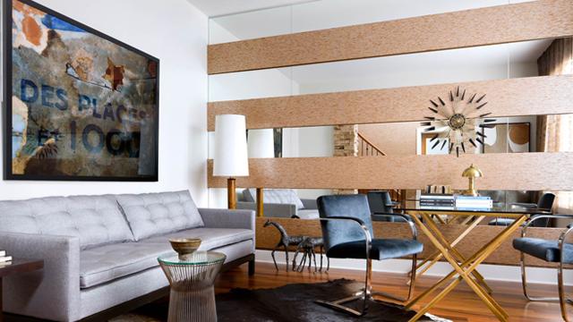 7-Inspirasi-Tekstur-Dinding-Buat-Ruangan-Terlihat-Semakin-Menarik-cermin
