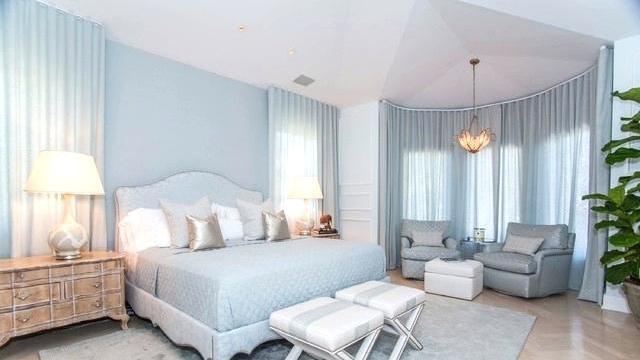 8-Pilihan-Warna-Kamar-Tidur-Terbaik-untuk-Bangun-Lebih-Bahagia-baby-blue