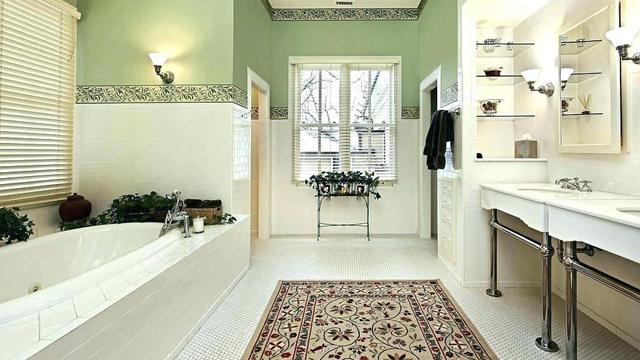7-Cara-Mudah-Buat-Kamar-Mandi-Terlihat-Lebih-Mewah-karpet