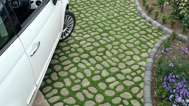 Kenali-5-Keuntungan-Utama-Grass-Block-Solusi-Ramah-Lingkungan-licin