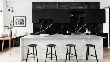 05651069127-Inspirasi-Dapur-Terlihat-Klasik-dengan-Hitam-dan-Putih.jpg